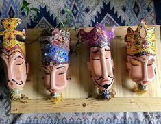 Reuse Plastic Bottles, Wine Bottle Art, Plastic Bottle Crafts, Dyi Crafts, Arts And Crafts, Box Deco, Flower Pot Art, Painted Flower Pots, Ideias Diy