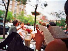 9 buenos cafés para sentarse a leer - Planeta JOY