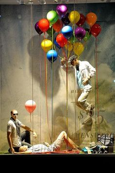 The kid in us loves balloons (and Canada) Le Chateau design window display Window Display Retail, Window Display Design, Visual Merchandising Displays, Visual Display, Store Concept, Vitrine Design, Decoration Vitrine, Store Displays, Retail Displays