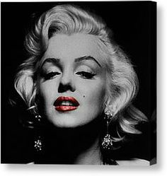 Marilyn Monroe Black and White Pictures with Red Lips - Snappy Pixels Marilyn Monroe Kunst, Marilyn Monroe Frases, Marilyn Monroe Costume, Katy Perry, Idole, Actrices Hollywood, Norma Jeane, Images Google, Bing Images