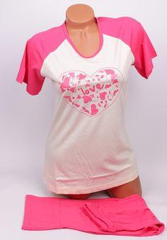 Дамска памучна пижама с къси ръкави в розово и шампанско. панталонът е с дължина седем - осми в розов цвят. На талията е с ластик и коригираща връзка.