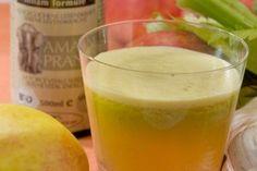 Weerstand verhogend sapje #amanprana #noblehouse #sap #smoothie #drinken #weerstandverhogend #weerstand #selder #eicosanperilla #olie