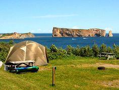 Tout le Québec - 10 campings de rêve au bord de l'eau (10) Kayak Camping, Camping Spots, Campsite, Camping Quebec, Road Trip, Honeymoon Island, Canada Travel, Vacation Destinations, The Great Outdoors