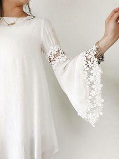 Sleeve Designs - Her Crochet Pakistani Dress Design, Pakistani Dresses, Indian Dresses, Kurti Sleeves Design, Sleeves Designs For Dresses, Sleeve Designs For Kurtis, Mode Abaya, Mode Hijab, Kurta Designs Women