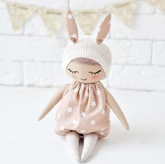 Two new sweeties are up in my store I thought there will be three dolls for today's shop update but sorry had no time to finish the third one *SOLD #christmasiscoming #christmasgifts #freeshipping #shopsmall