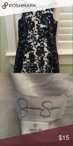 Jessica Simpson blue and white floral A-Line dress Size:12, blue and white Lacey floral, A-line Jessica Simpson Dresses
