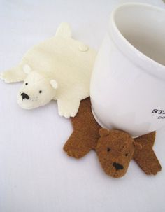 I really want to make these coasters for my husband-bear :)