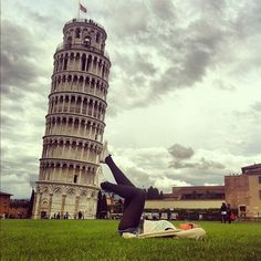 As corny as it is i want to take a pic like this!  - leaning tower of Pisa