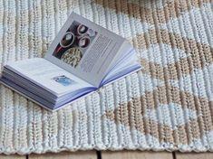 Boho Style Decor, Crochet Rug Patterns, Boho Bathroom, Rectangular Rugs, Crochet Basics, Knitting Yarn, Nursery Decor, Scandinavian, Diy Home Decor