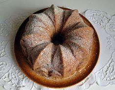 kudy-kam...: Bábovka alá štrůdl Kitchen Hacks, Apple Pie, Bread, Desserts, Recipes, Food, Cakes, Tailgate Desserts, Deserts