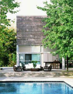 Pequeña casa con estilo moderno.
