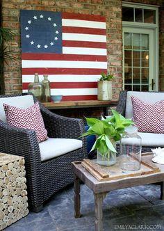 Summer patio decorat