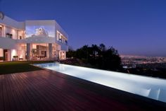 Spectacular Home in Hollywood: Nightingale House