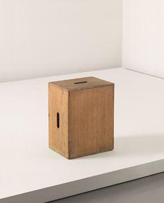 PHILLIPS : UK050112, Le Corbusier