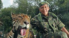 """General Augusto Heleno, De integridade jamais questionada, ele tem um currículo para poucos. É """"tríplice coroado"""": foi primeiro lugar nas exigentes Academia das Agulhas Negras, Escola de Aperfeiçoamento de Oficiais e Escola de Comando e Estado-Maior no Exército. E comandou a Minustah, missão militar da ONU no Haiti."""