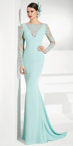 Junoesque Tulle & Acetate Satin Bateau Neckline Sheath/Column Mother Of The Bride Dresses With Beaded Lace Appliques