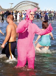 Charles Byrd Jr. with the Wildwood Police Department gets dressed up for the occasion. #polarbearplunge #wildwood