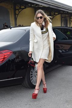 Pin for Later: 1 Look at Elizabeth Olsen's Gucci Shoes and You'll Be in L-O-V-E This Was an Unexpected Look For the Star Especially those platform shoes!