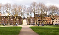 Queen Square Bristol (The Largest Georgian Square in England)
