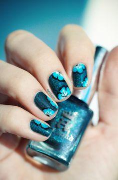 Blue Floral #tropical #nails ~*<3<3<3SENSATIONAL NAIL-ART<3<3<3*~