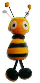 YiYi the bee