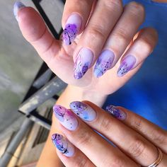 the deep french manicure is the official nail art of fall 112 Fabulous Nails, Perfect Nails, Gorgeous Nails, Pretty Nails, Creative Nail Designs, Beautiful Nail Designs, Creative Nails, Nail Manicure, Manicures
