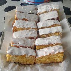 Cavacas de Resende – BimbyWorld Bolo Fresco, Vanilla Cake, Sweet Recipes, French Toast, Pie, Cheese, Breakfast, Desserts, Egg Yolks