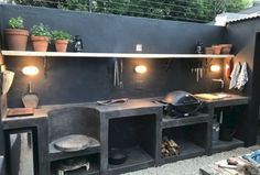 30 Rules of Outdoor Kitchen Inspiration Let You Enjoy and Happy Cooking Time ⋆ Main Dekor Network Outdoor Living Areas, Outdoor Spaces, Outdoor Decor, Living Haus, Outdoor Kitchen Design, Backyard Kitchen, Outdoor Kitchens, Cuisines Design, Outdoor Cooking