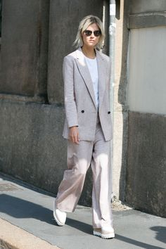 Street style à Milan : le tailleur masculin