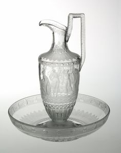 Ewer and basin Attributed to the crystal Montcenis in Le Creusot 1804-1814 blown crystal, cut and engraved with the wheel