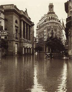 vintage photos of valencia Old Photos, Vintage Photos, Valencia City, Foto Madrid, Spanish Towns, Valence, Barcelona City, History Of Photography, Cadiz