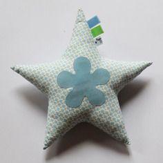 Doudou étoile, motif géométrique et pois, tons bleu/blanc