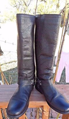 33b6176124c Steve Madden Black Leather Women s Knee Boots Ankle Harness   Back Zipper  Sz6.5M