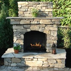 Corner Pergola Design - - Pergola Ideas Modern Living Spaces - Pergola Plans Design How To Build Rustic Outdoor Fireplaces, Outdoor Fireplace Patio, Outside Fireplace, Outdoor Fireplace Designs, Fireplace Ideas, Modern Pergola, Outdoor Pergola, Outdoor Rooms, Backyard Patio