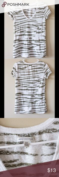 AE zebra print tee -American eagle tee shirt, zebra print -Slightly translucent so perfect with your favorite cami -57% cotton 43% polyester -machine wash American Eagle Outfitters Tops Tees - Short Sleeve