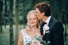 svadobná fotografka z Bratislavy - hmfoto.art - Sisi & Kubo Couple Photos, Couples, Wedding Dresses, Art, Fashion, Couple Shots, Bride Dresses, Art Background, Moda