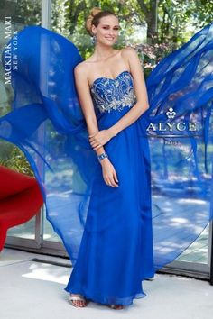 Alyce Paris Prom Dress 6090 - Iridescent silky chiffon gown with beaded bodice and back zipper. Prom, pageant and special occasion. Prom Dress 2013, Prom Dress Shopping, Homecoming Dresses, Strapless Dress Formal, Prom Gowns, Dresses 2013, Beautiful Dresses, Nice Dresses, Formal Dresses