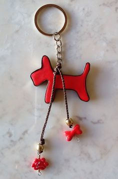 """my dog"" Der treuste Begleiter des Menschen ist sein und sein --- Chain ""my dog"" The most faithful companion of man is his and his --- ""mi perro"" El más fiel del hombre es su y su --- Coffee Lover Gifts, Gifts For Pet Lovers, Handmade Gifts For Him, Gifts For Her, Classic Outfits, Red Fashion, Small Gifts, Teacher Gifts, Zodiac Mind"