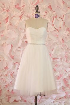 Audrey- Knee Length Wedding Dress, Repception Dress, Garden Wedding. $428.00, via Etsy. Good knee length dresses for so little cost!