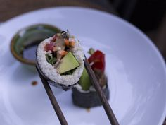 #rawvegan shushi we had at a restaurant here in Bali can't wait to make my own sushi creations soon. I hardly made anything here in Bali prepping raw food here is annoying as the tap water is not safe to drink or to wash fruits and veggiesone of the reasons I'm happy to leave #bali   #travel #rawfood #vegan #sushi