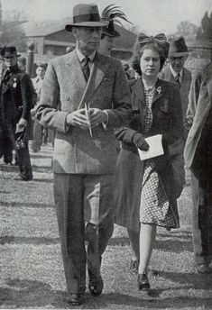 King George VI and Princess Elizabeth (Queen Elizabeth II), Hurst Park, 1946 Hm The Queen, Queen Mary, King Queen, Queen Mother, Princess Elizabeth, Princess Margaret, Queen Elizabeth Ii, Princess Diana, English Royal Family