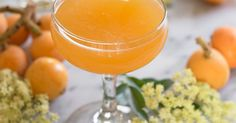 5 Essential Cocktails for Mother's Day - Because sometimes you need booze to deal with your mother #Draanks #Booze