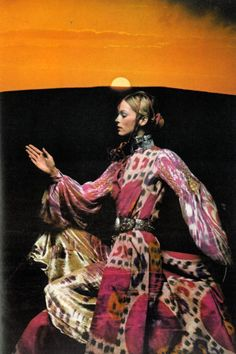 Anyone seeing an underlying trend here?   Can't get enough of these colors!    Photo by Clive Arrowsmith for UK Vogue, 1970.