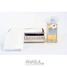 Bandeja de prata com toalha para lavabo KIT ANASUIL  http://www.anasuilblog.blogspot.com.br/