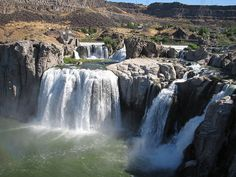 shoshone falls by kittyholmes, via Flickr