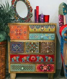 Boho Style Furniture Designs to Enhance the Beauty of Home - Diy Home Decor Funky Painted Furniture, Bohemian Furniture, Upcycled Furniture, Diy Furniture, Furniture Design, Furniture Stores, Goodwill Furniture, Decopage Furniture, Decoupage Drawers