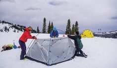 WINTER SURVIVAL GUIDE: CAMP - sleep soundly with the winter camping tips.