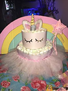 Unicorn diaper cake magic