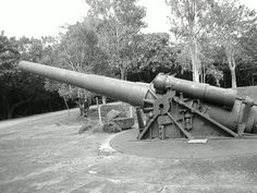 Old canon used during World War II @ Corregidor Island, Philippines. Brings back Japanese occupation when you visit the place. :)
