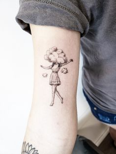 Head Tattoos, Time Tattoos, Body Art Tattoos, Small Tattoos, Cloud Tattoos, Small Book Tattoo, Perspective Tattoos, Simplistic Tattoos, Christmas Tattoo